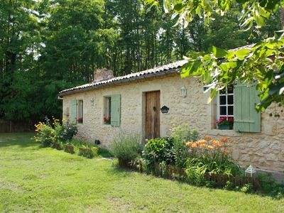 Photo for Le Petit Arnauton. Charming house in the countryside