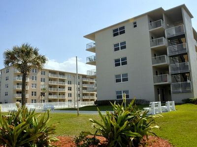 Photo for Updated 1/1 Unit with Direct Ocean View on the No Drive Beach in NSB!