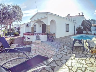 Photo for Villa Cami: TERRACE, SWIMMING POOL, WIFI, AIR CONDITIONING 6 PEOPLE