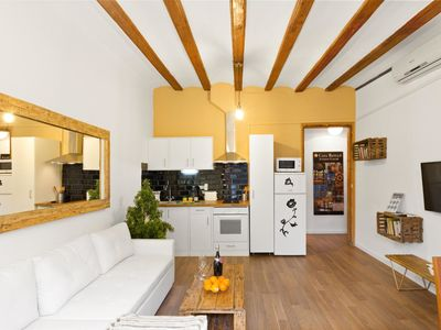 Photo for Central Apartment for 3 in Barcelona