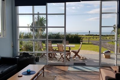Views to Ocean from lounge