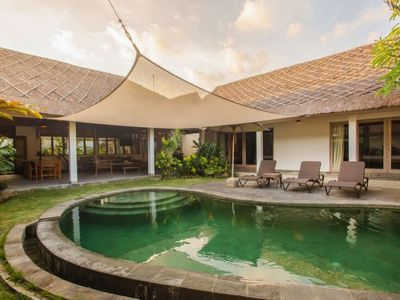 Photo for Spacious modern villa in the heart of Seminyak