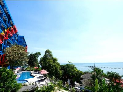 Photo for Vibrant Rayong Beach only 5 mins to Phala Beach