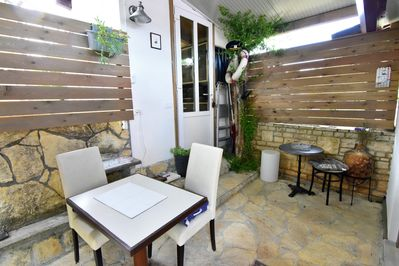 The terrace with table