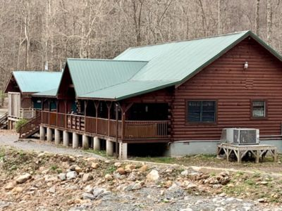 Photo for The Grizzly - Riverfront Cabin - Revelle's River Resort