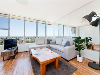 Photo for Randwick 1 Bed With Beautiful Views RW69