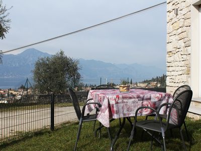 Photo for 2BR Apartment Vacation Rental in Torri del Benaco, Veneto