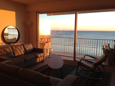 Photo for Apartment facing the sea, 4 rooms in the middle of the bay of La Baule, 5th floor.