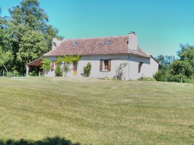 Photo for COTTAGE AUTHENTIC PERIGORD PURPLE AND QUIET