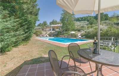 Photo for 4 bedroom accommodation in Bettona PG