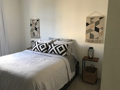 Photo for **LUXE HOLLYWOOD APT ONLY 5 MINS FROM UNIVERSAL STUDIOS!! **