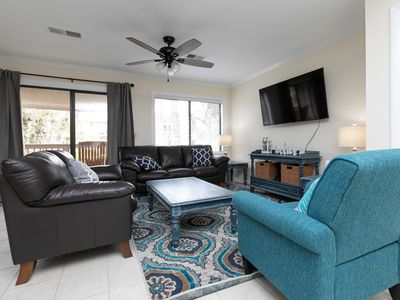 Photo for Newly Furnished Forest Gardens 2 Bed 1 Bath Lovely Updated Condo
