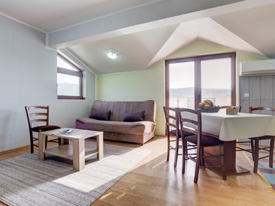 Photo for Clean and Quiet 2 BR Apartment