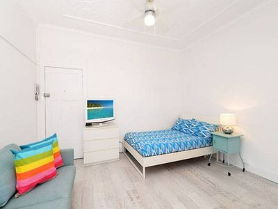 Photo for Fully renovated beachside studio apartment.