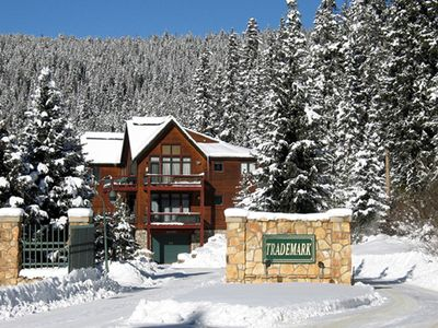 Photo for Gorgeous Winter Park Base Area Ski Condo - Walk to Lifts