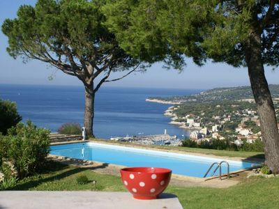 Photo for Private villa without opposite, with breathtaking view on Cassis