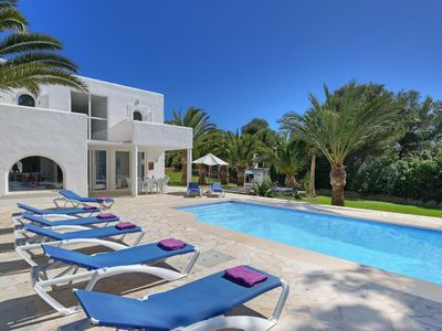 Photo for 5 bedroom Villa, sleeps 11 in Cala Egos with Pool, Air Con and WiFi