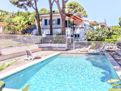 Photo for Villa Alzines, house with LARGE PRIVATE POOL and GARDEN, TERRACE with 5 bedrooms