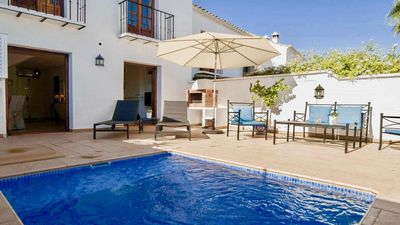 Photo for Stylish 2BR Modern House next to Puerto Banus, Private Pool, Wifi