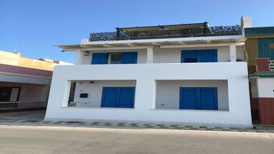 Photo for INDEPENDENT VILLA FRONT SEA ON FINISH SAND FREE BEACH