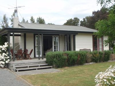 Burgundy Cottage - opposite Martinborough VY