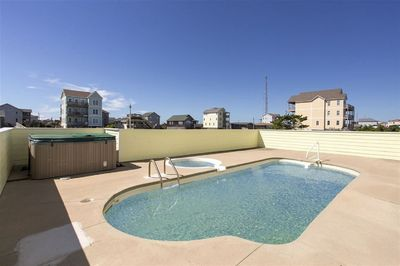 Private pool w/ kiddie pool which can be heated for additional fee($500) Hot tu