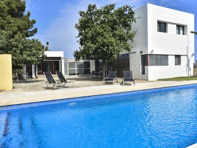 Photo for This 4-bedroom villa for up to 8 guests is located in Denia and has a private swimming pool, air-con