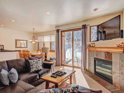 Photo for Cozy Layout, Winter Shuttle, Hot Tub - Highland Greens Pine by SkyRun