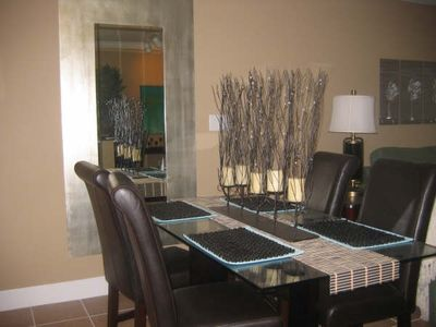 Great dining area with leather chairs