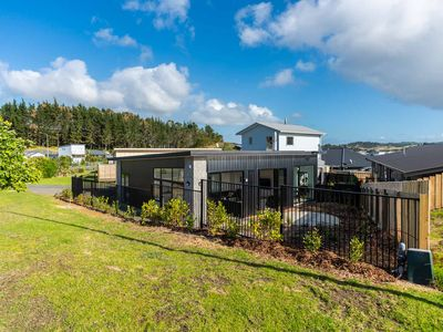 Photo for Two modern, sunny, holiday homes, pet friendly and in handy location.