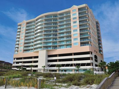 Photo for Beautiful oceanfront 3 bedroom condo, hot tub and free wifi!