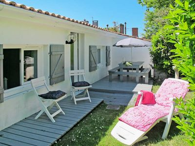 Photo for Vacation home Le Breuil 2  in Bégadan, Aquitaine - 4 persons, 2 bedrooms