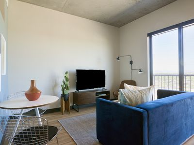 Photo for Sonder | Mill Ave | Simple 1BR + Balcony