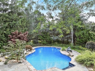 Photo for Gorgeous oasis with full amenities near all that Montauk has to offer