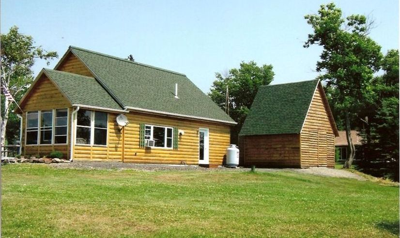 Northern maine vacation cabin rental vrbo for Cabin rentals in maine with hot tub
