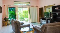 Very nice Villa clean and well kept garden. Horst very friendly and responsive for every Need I will