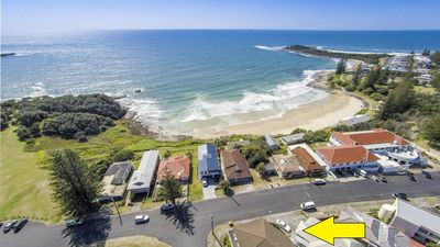 Photo for 2/5 Pilot St Yamba - So Close to Everything