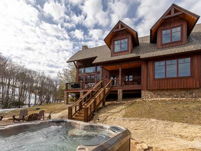 Little Cubs Cabin- 3bd/2.5ba Overlook at Eagles Nest, hot tub, fire pit, amenities
