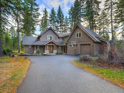 Photo for Custom 3,400sqft Lodge is a Perfect Home for Family and/or Friend Gatherings!
