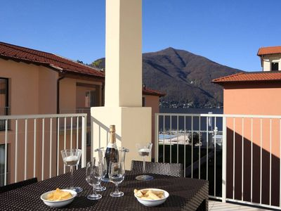 Photo for Contemporary 3 bed apartment with pool, jacuzzi, WIFI