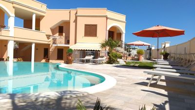 Photo for Vignali Family Room 4 bed & breakfast with pool view