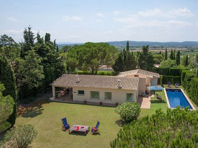 Photo for 3 bedroom Villa, sleeps 6 in Coma-ruga with Pool and WiFi