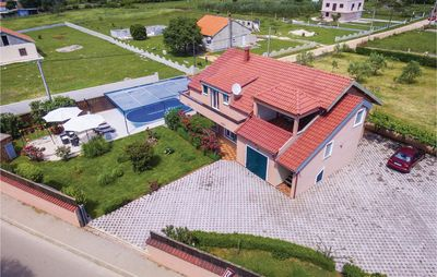 Photo for 6 bedroom accommodation in Galovac
