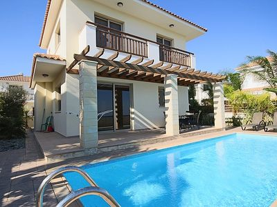 Photo for Modern Villa With Private Pool And Sea Views