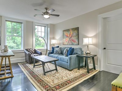Photo for Charming and Newly Renovated 1 bdr/1 bath condo in the Historic King James Building Unit #9