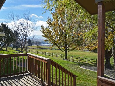 Photo for Cozy Caldwell Cottage by Sunny Slope Wine Trail!