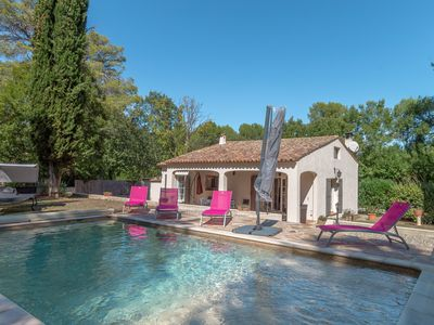 Photo for Villa les Pins - Nice holiday house with private swimming pool at the foot of Nature Park