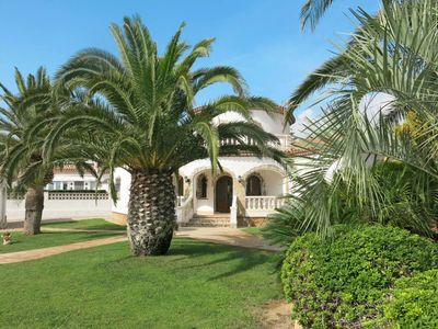 Photo for Nice apartment for 6 guests with private pool, TV, balcony and parking