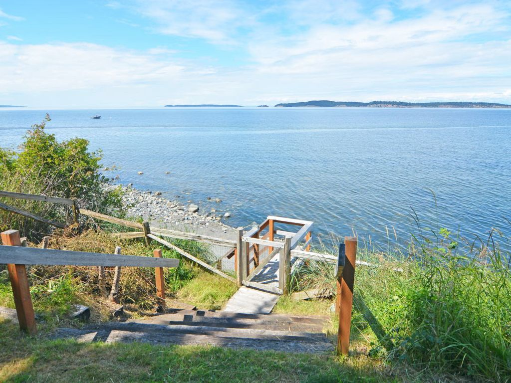 The best family vacation home on orcas island eastsound for Cabin rentals san juan islands wa