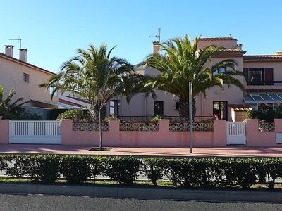 Photo for Vacation home LES PALMIERS in Canet-Plage - 8 persons, 4 bedrooms